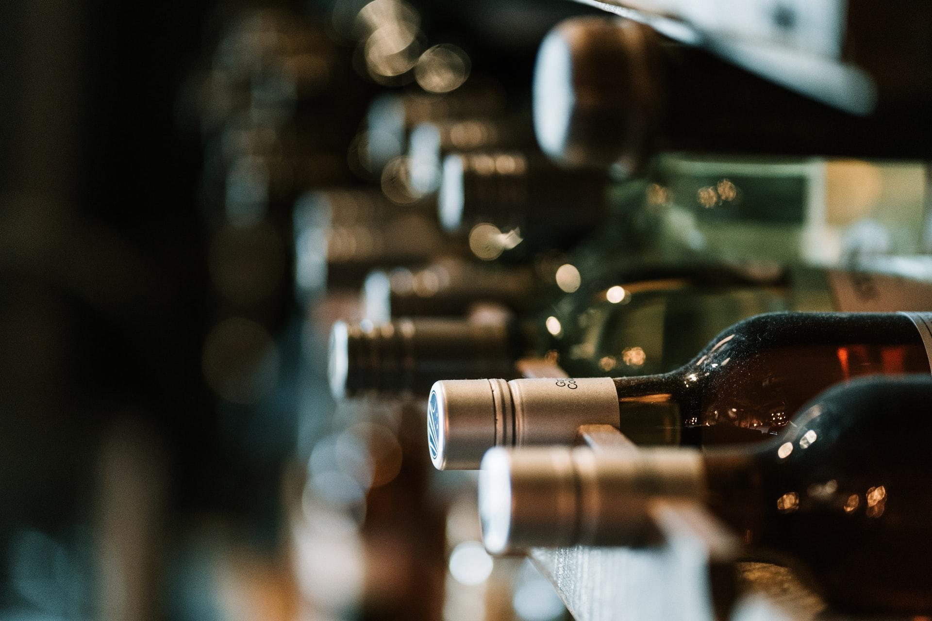 Oletko kiinnostunut viineistä